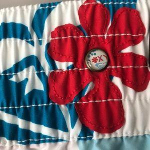 Roxy Shorts - Roxy Retro Floral Board Shorts